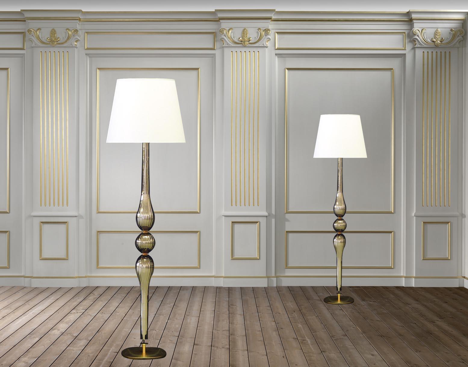 Lampade In Vetro Di Murano Moderne : Lampada da terra moderna royal in vetro di murano lucevetro
